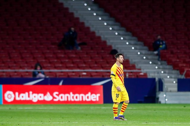 Archivo - El Barça viaja a Sevilla con Messi