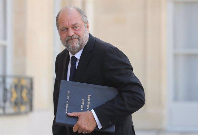 Archivo - 07 July 2020, France, Paris: French Justice Minister Eric Dupond-Moretti arrives to attend the first weekly cabinet meeting after the cabinet reshuffle at the Elysee Palace. Photo: Ludovic Marin/AFP/dpa