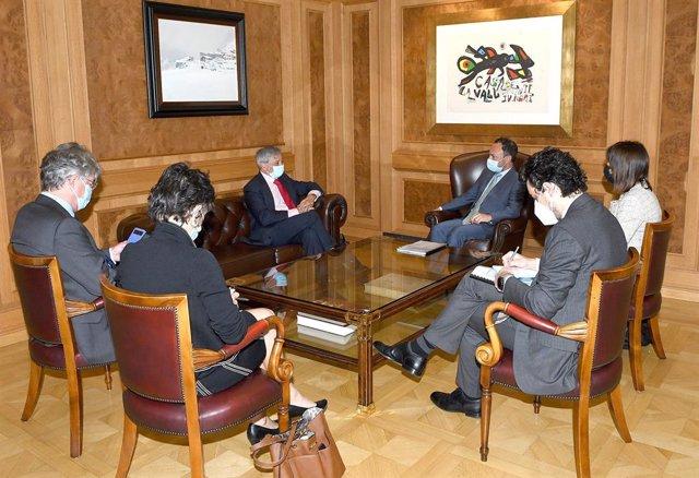 Reunió entre el cap de govern andorrà, Xavier Espot, i el prefecte francès, Étienne Guyot