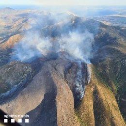 Incendio forestal entre Llançà y Port de la Selva