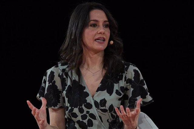 La presidenta de Ciudadanos (Cs), Inés Arrimadas, en el evento 'Renovar Europa', durante la primera jornada de la convención política del partido, en el espacio para eventos Nube de Pastrana, a 17 de julio de 2021, en Madrid (España). Ciudadanos celebra e
