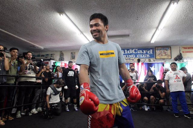 Archivo - 10 July 2019, US, Hollywood: Filipino professional boxer Manny Pacquiao trains during media day for his upcoming WBA World Welterweight title fight against undefeated USboxer Keith Thurman, scheduled for 20 July 2019 at the MGM Grand Garden Are