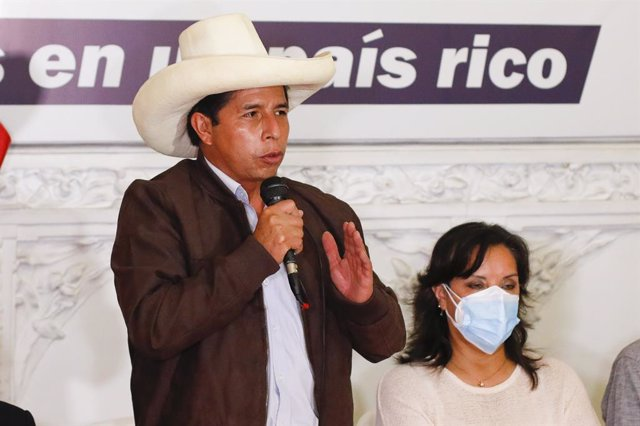 Archivo - El candidato presidencial peruano Pedro Castillo