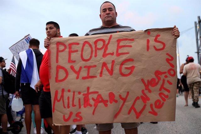 Manifestación del exilio cubano en Miami