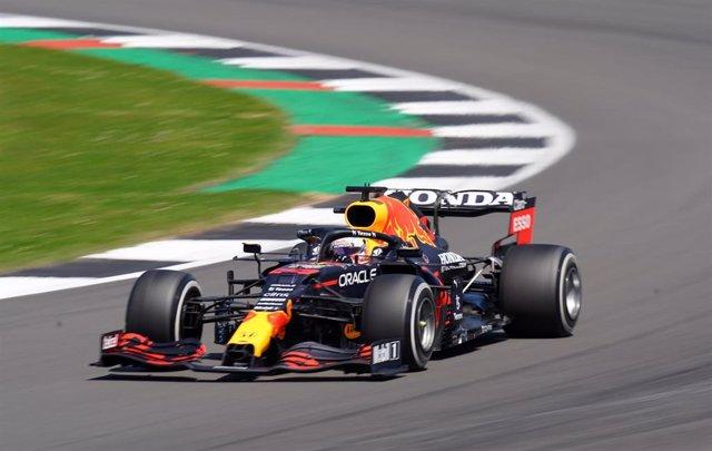 Max Verstappen, pole en Silverstone