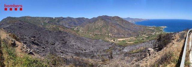 Incendi forestal originat a Llançà que ha afectat al Parc Natural del Cap de Creus (Girona), el 17 de juliol de 2021.