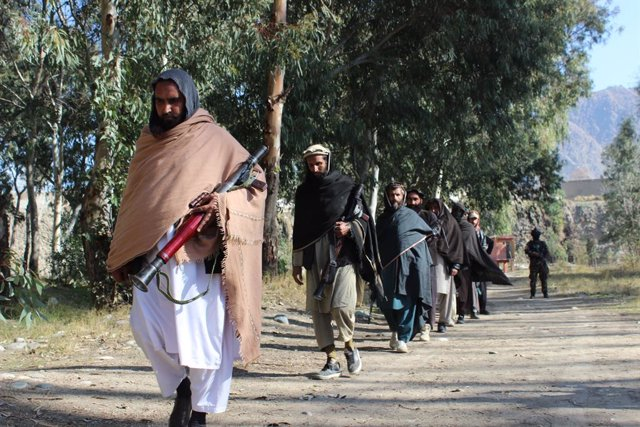Archivo - Miembros de los talibán en la provincia de Kunar, en el noreste de Afganistán