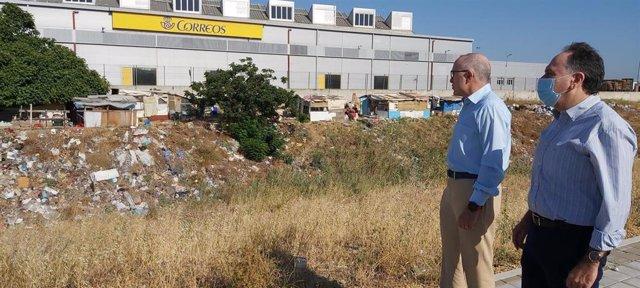 Visita al asentamiento de Palmete