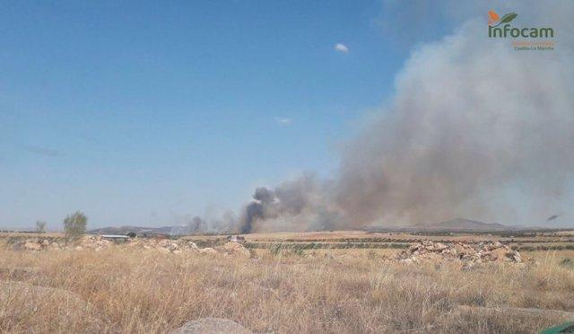 Declarado un incendio en San Martín de Montalbán (Toledo) en el que trabajan 18 medios y 74 personas
