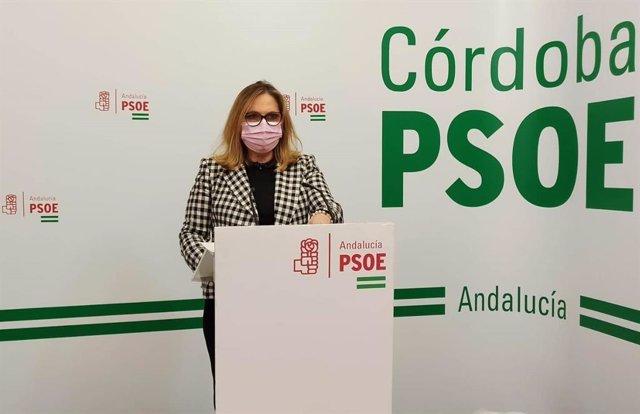Archivo - La senadora del PSOE por Córdoba María Ángeles Luna en la sede de su partido.