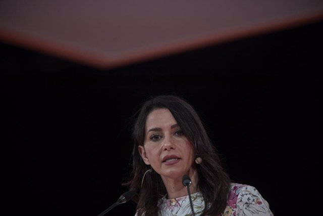 Arxiu - La presidenta de Cs, Inés Arrimadas