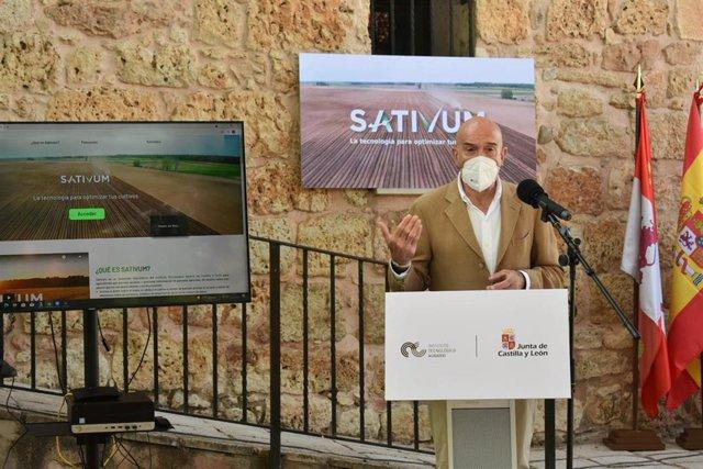 Carnero Durante La Presentación De La  Estrategia Para El Fomento Del Desarrollo Tecnológico Y Digitalización En Lerma (Burgos)