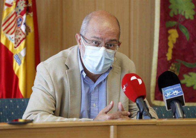 Igea durante la rueda de prensa en Aguilar (Palencia).