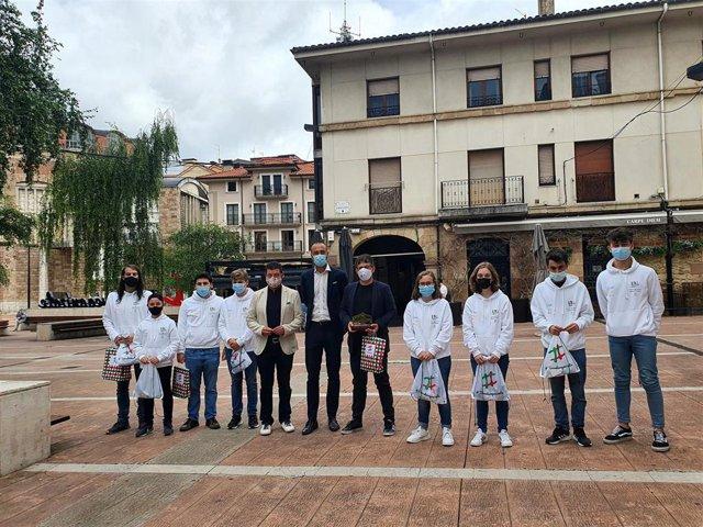 Recepción al equipo de ajedrez de  Torrelavega