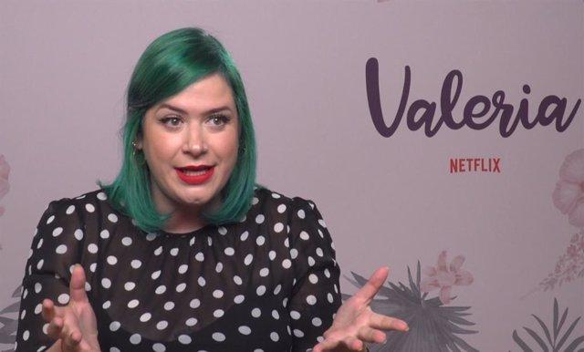 """Elísabet Benavent presenta la temporada 2 de 'Valeria': """"En cuanto cumples los 30 te tratan como un útero con patas"""""""