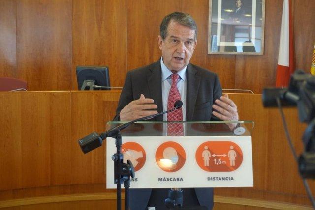El alcalde de Vigo, Abel Caballero, en rueda de prensa