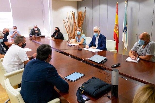 El vicepresidente económico de la Xunta, Francisco Conde, se reúne con el grupo de trabajo por una transición justa en As Pontes