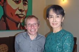 Archivo - Sean Turnell, asesor económico de Aung San Suu Kyi