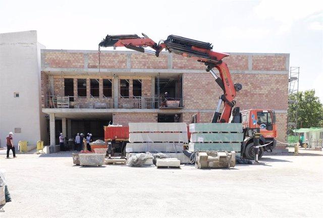 Edificio en construcción de la Escola Nova de Porreres