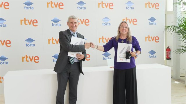 FORTA y RTVE firman el 'Convenio Compostela' por la innovación, estabilidad y futuro de los medios públicos