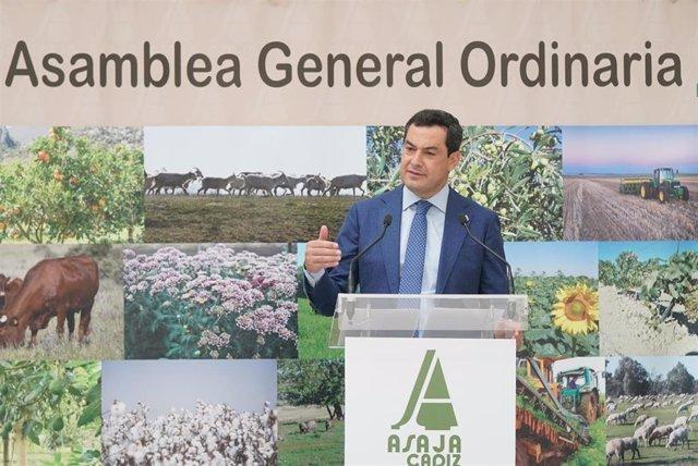 Juanma Moreno en la Asambea General de Asaja-Cádiz