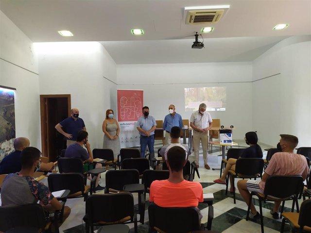 Comienzan cursos del programa enRédateMás para la formación de colectivos vulnerables en Casarabonela y Ardales