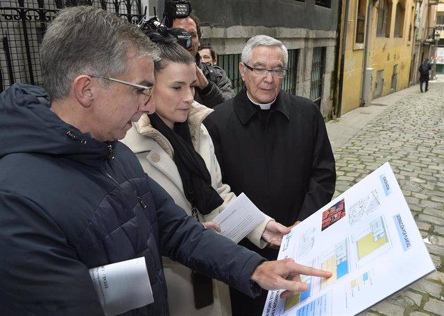 Archivo - Once estudios optan a la redacción del proyecto del nuevo albergue de peregrinos del Cabildo