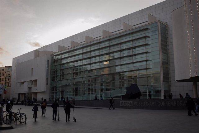 Archivo - Plaza del Museu d'Art Contemporani de Barcelona (Macba), donde se harán las obras de ampliación del museo, el 14 de abril de 2021 en Barcelona (Cataluña).