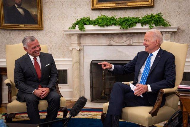 El presidente estadounidense Joe Biden se reúne con el rey Abdullá II de Jordania.