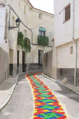 Archivo - Almonacid tejerá una alfombra floral jacobea