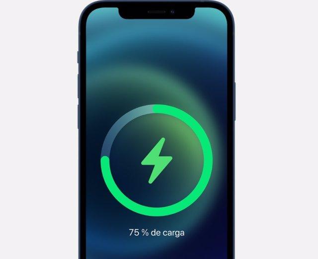 Carga de batería en iPhone 12