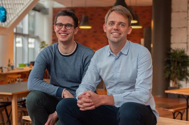Los cofundadores de Luko: el consejero delegado, Raphaël Vullierme, y el director tecnológico, Benoît Bourdel.
