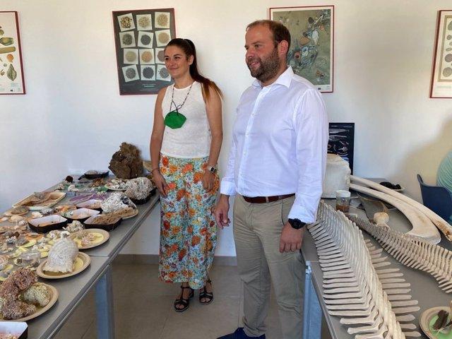 El conseller de Medio Ambiente y Territorio de Baleares, Miquel Mir, y la consellera de Agricultura, Desarrollo Rural, Emergencia Climática y Transición Ecológica de la Comunidad Valenciana, Mireia Mollà