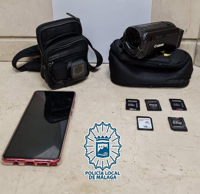 Tarjetas de memoria y dispositivos intervenidos a un detenido
