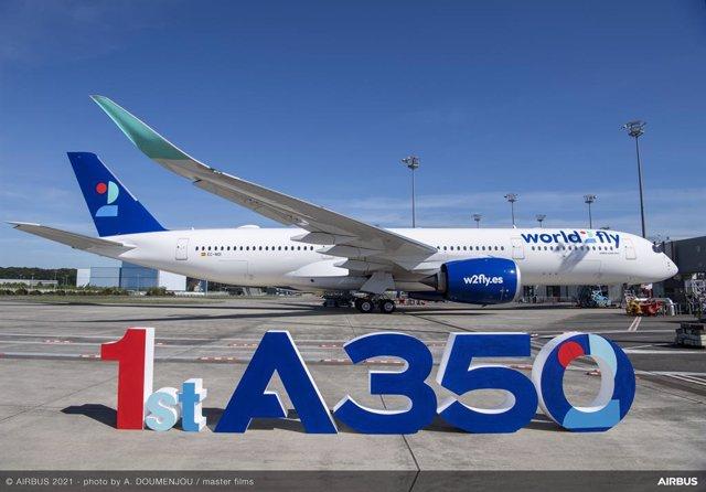 Archivo - World2Fly recibe su primer A350-900.