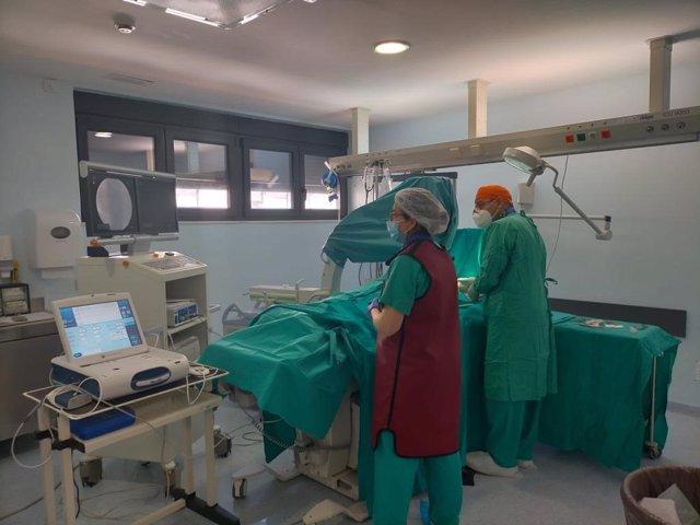Archivo - Los hospitales malagueños comienzan a saturarse de pacientes con COVID-19 según el SMM