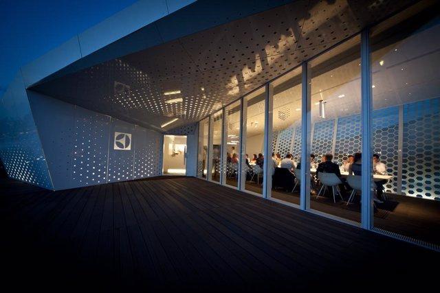 Archivo -     Pronto llegará a Madrid y Barcelona un restaurante efímero que se construye, de manera temporal, en lugares imposibles de los edificios más significativos de las capitales mundiales