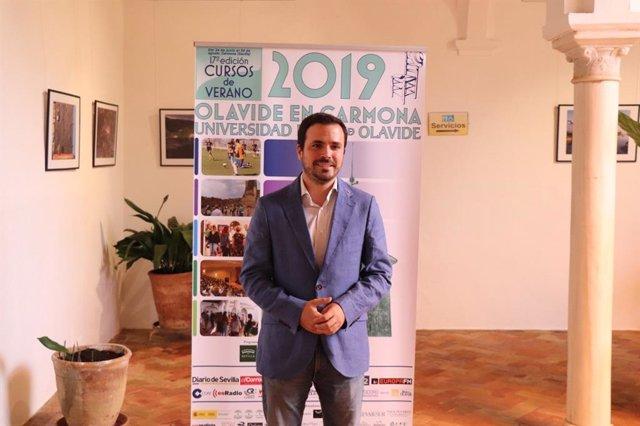 El ministro de Consumo del Gobierno de España, Alberto Garzón, durante la XVIII edición de los Cursos de Verano de la UPO en Carmona (Sevilla)