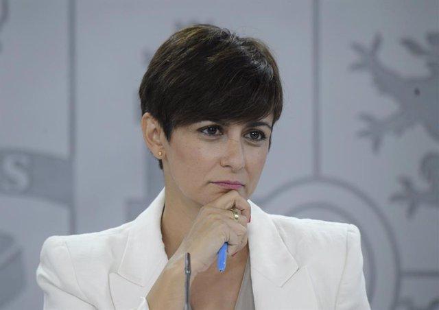 La ministra de Política Territorial, Isabel Rodríguez, en la roda de premsa
