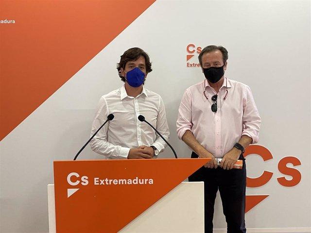 El eurodiputado de Cs Adrián Vázquez y el diputado en la Asamblea de Extremadura Fernando Baselga