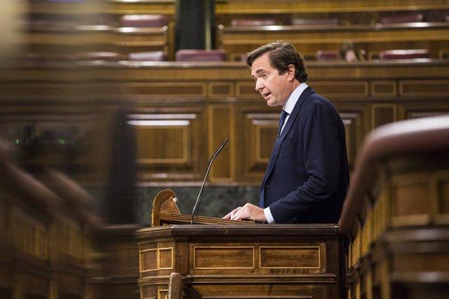 Archivo - El diputado del PP Pablo Hispán durante una sesión plenaria en el Congreso de los Diputados, a 8 de junio de 2021, en Madrid, (España). El Pleno de hoy, que tiene lugar en medio de las críticas al Gobierno para llevar a cabo los indultos a los p
