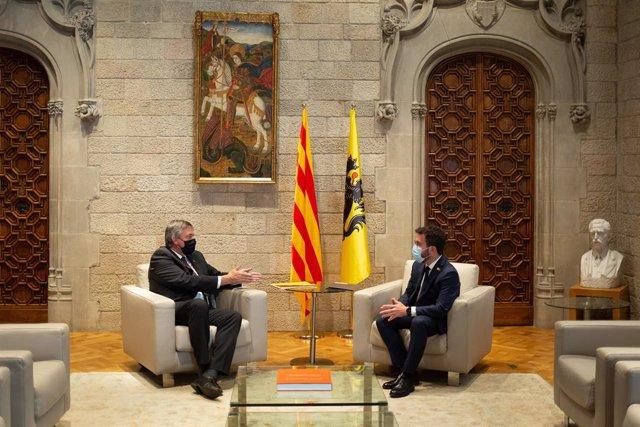 El president de la Generalitat, Pere Aragonès, amb el president de Flandes, Jan Jambon