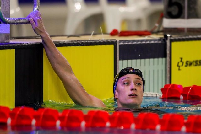 Archivo - Mireia Belmonte tras nadar una prueba en el Trofeo Internacional de Castellón