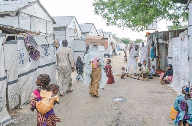 Archivo - Desplazados por la violencia en Maiduguri (Nigeria)