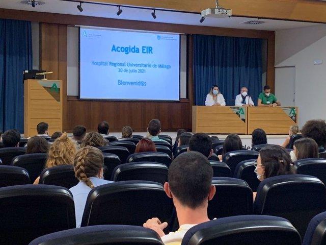 Acto de acogida a nuevos residentes en el Hospital Regional de Málaga