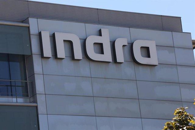 Archivo - Fachada de la sede de Indra ubicada en Madrid, (España), a 10 de septiembre de 2020.