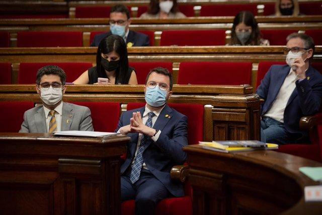 El president de la Generalitat, Pere Aragonès, en el ple del Parlament