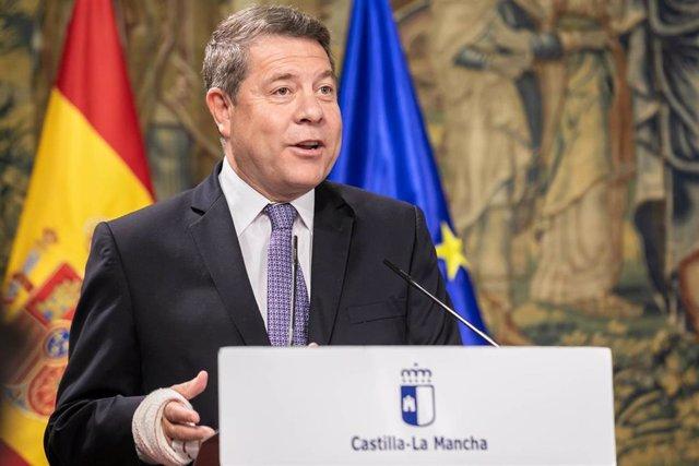 ToEl presidente de Castilla-La Mancha, Emiliano García-Page, preside en el Palacio de Fuensalida, la firma del acuerdo para la puesta en marcha del Plan Corresponsables entre el Gobierno autonómico, los agentes sindicales y la FEMP-CLM.
