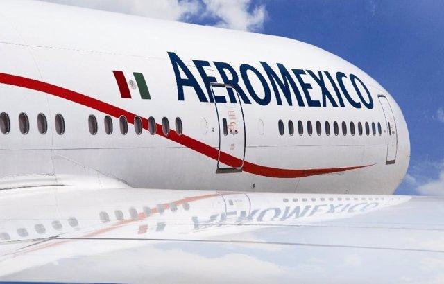 Archivo - Avión de Aeromexico