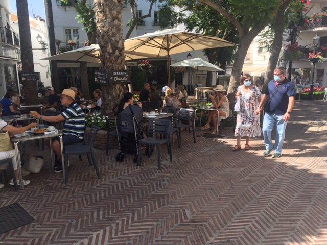 Foto de una terraza de un bar en Marbella